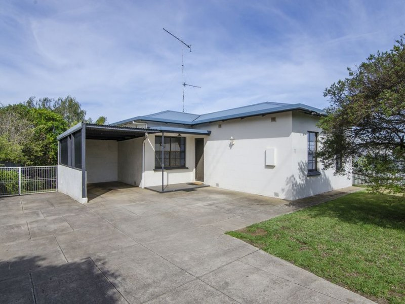 77 Wireless Road West, Mount Gambier, SA 5290