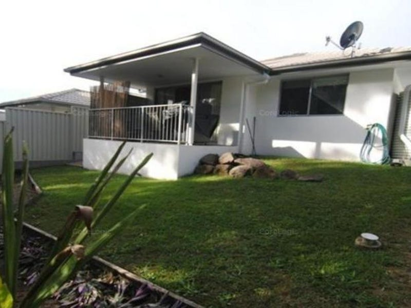 9/111 McAuley Parade, Pacific Pines, Qld 4211