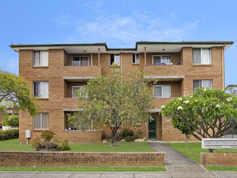 6/248 River Avenue, Carramar, NSW 2163