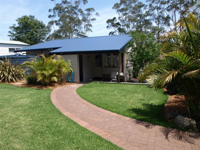 2616 The Lakesway, Bungwahl, NSW 2423