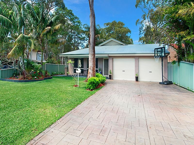 9 Karoola Avenue, Kingfisher Shores, NSW 2259