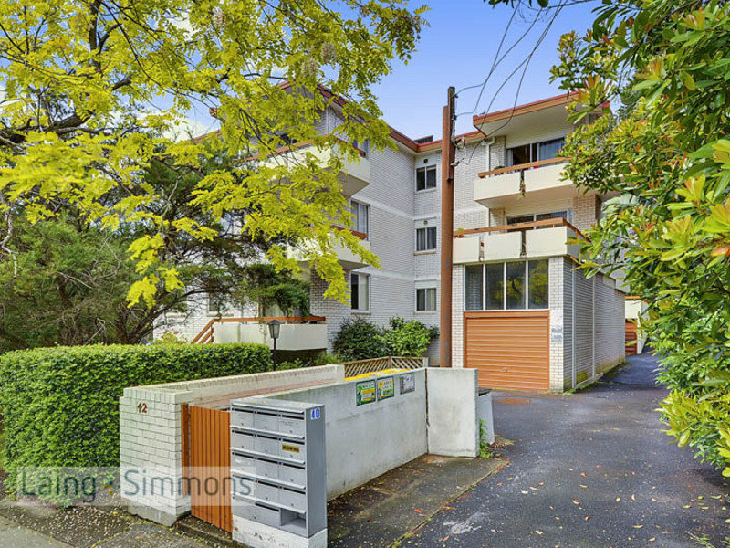 2/40 Burdett Street, Hornsby, NSW 2077