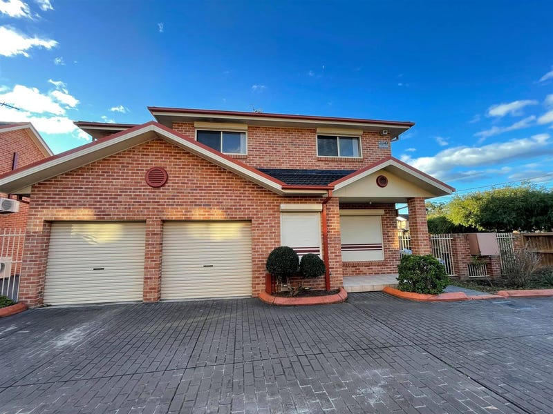 1/15 Orchard Road, Bass Hill, NSW 2197