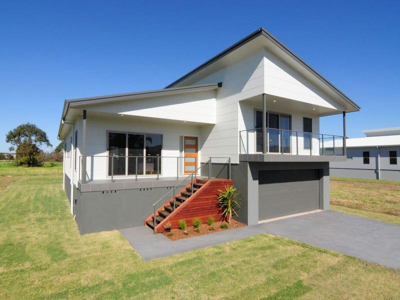 54 Lyrebird Drive, Nowra, NSW 2541