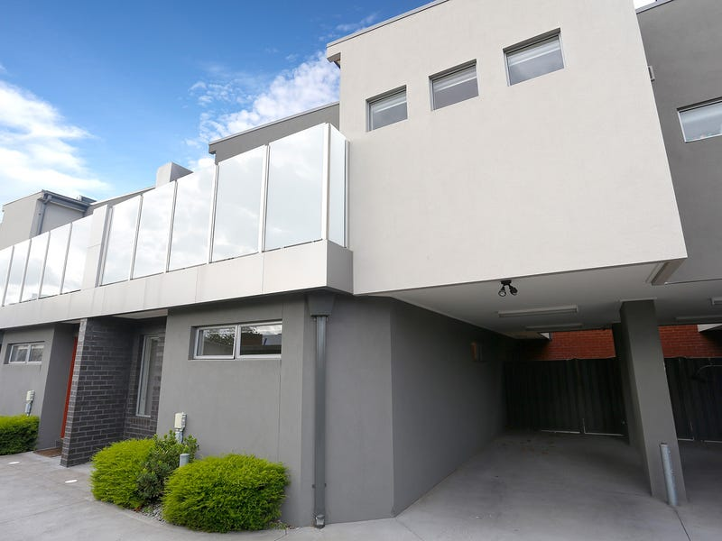 2/6 Green Street, Airport West, Vic 3042
