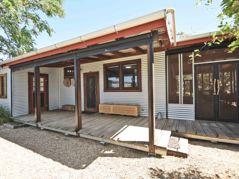257 Little Cowra Road, Yelta, Vic 3505