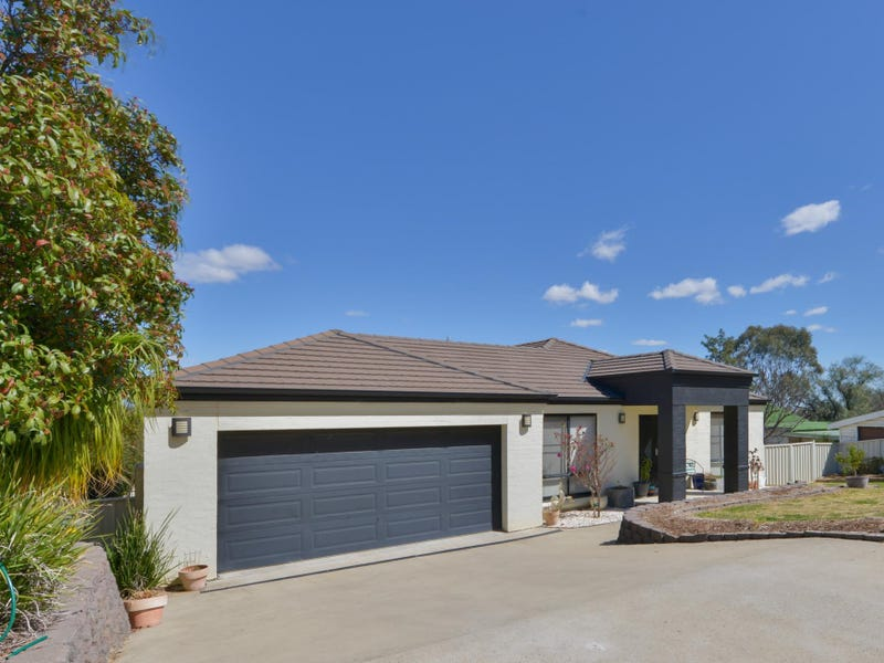 16 Cleary Drive, Tamworth, NSW 2340