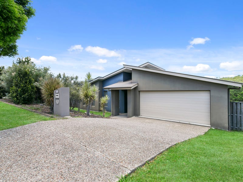 10 Chesterton Street, Pacific Pines, Qld 4211