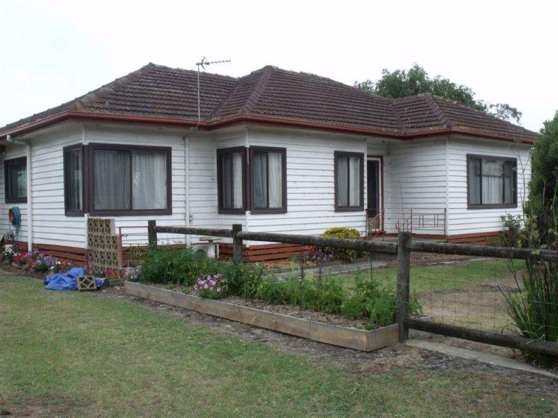 8 Wills Road, Port Albert, Vic 3971