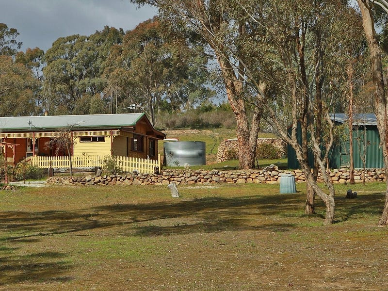 156 Warrowitue-Forest Road, Heathcote, Vic 3523
