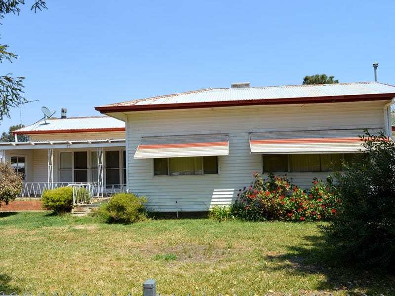 73 Wamboin Street, Gilgandra, NSW 2827