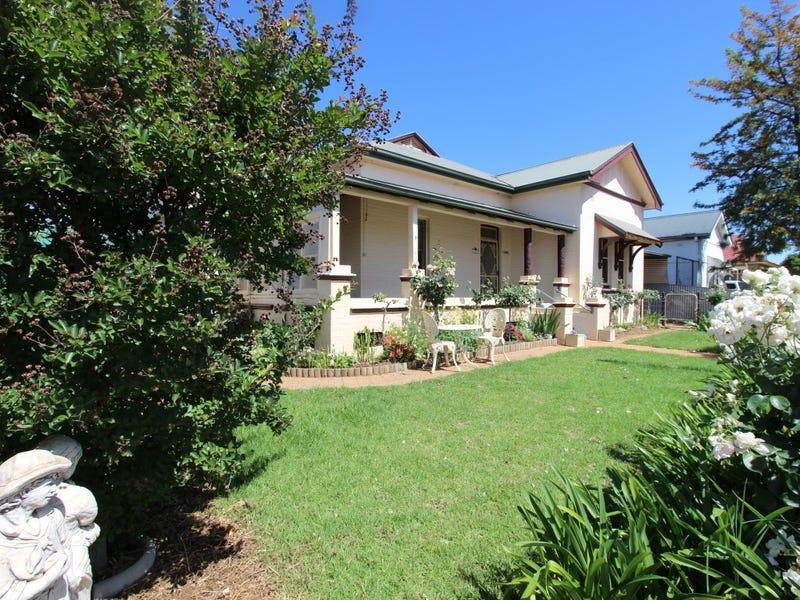 142 Aurora Street, Temora, NSW 2666