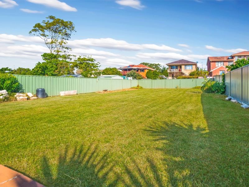 55 Illowra Crescent, Primbee, NSW 2502