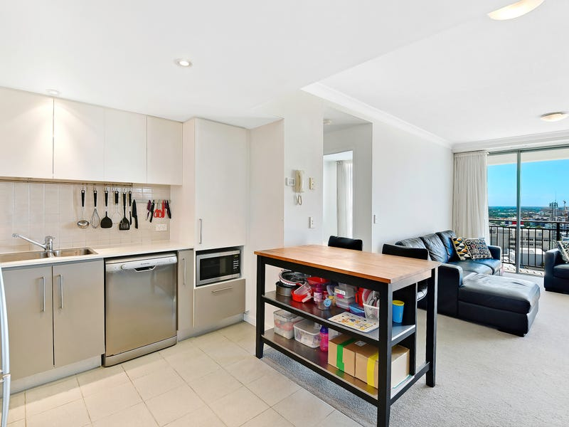 1142/56 Scarborough Street, Southport, Qld 4215