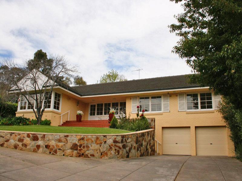2  Inverloch Avenue, Torrens Park, SA 5062