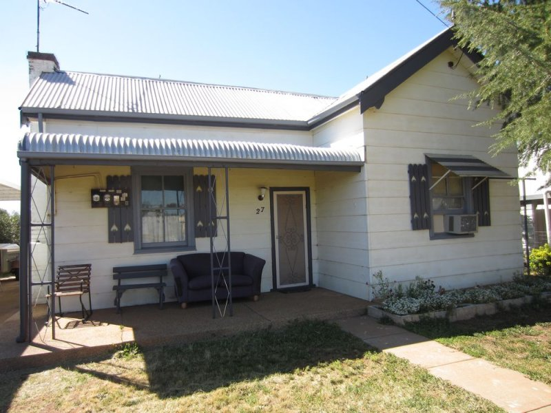 27 Coolamon Street, Ariah Park, NSW 2665