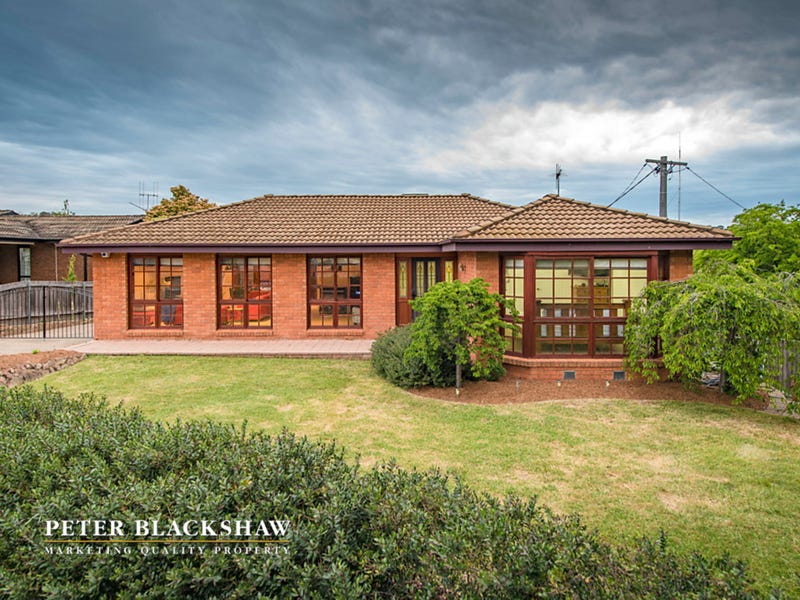 4 Olliff Place, Farrer, ACT 2607