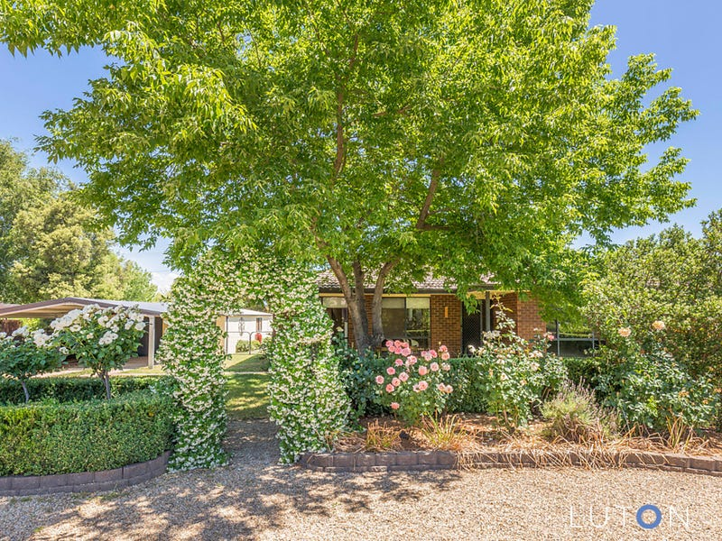 15 McGlinn Place, Gowrie, ACT 2904
