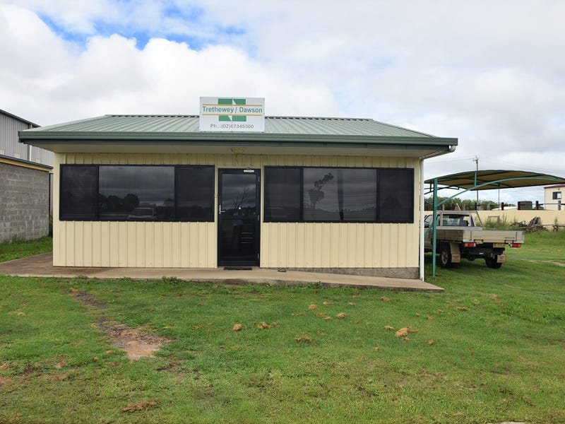 12 Carl Baer Circuit, Deepwater, NSW 2371