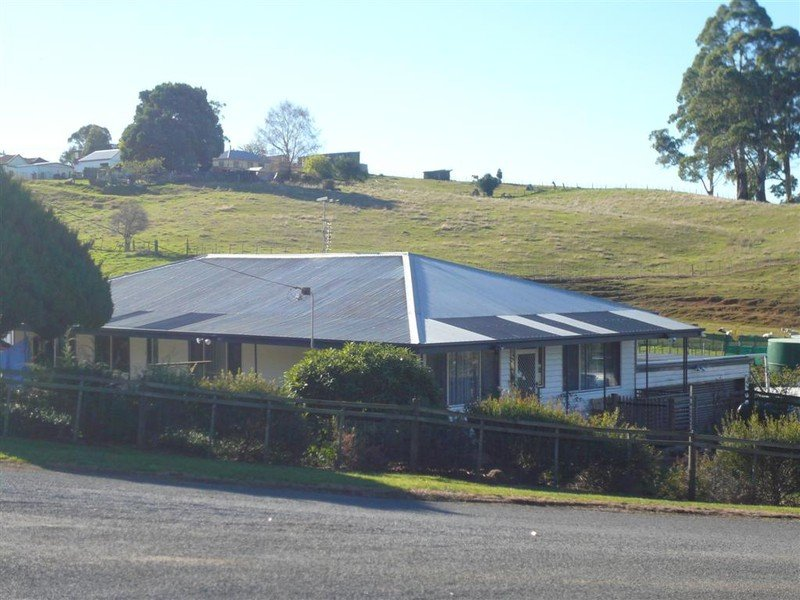 1 Lake Barrington Road, Wilmot, Tas 7310