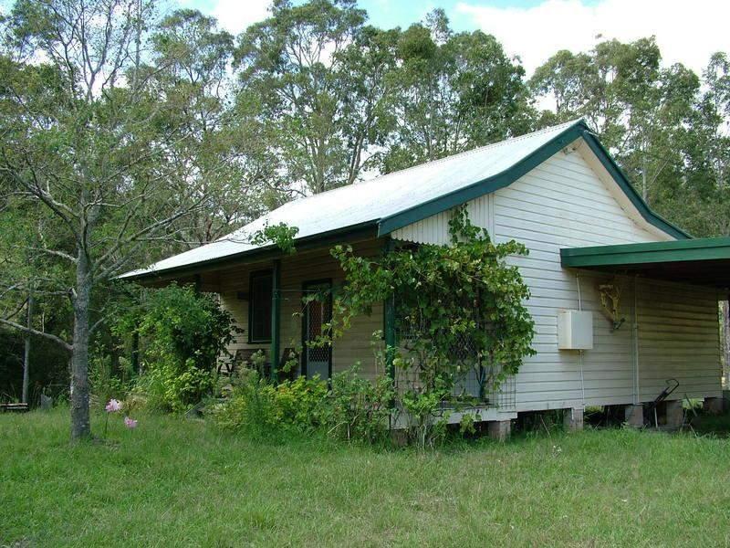 - GLOUCESTER TOPS  Road, Berrico, NSW 2422
