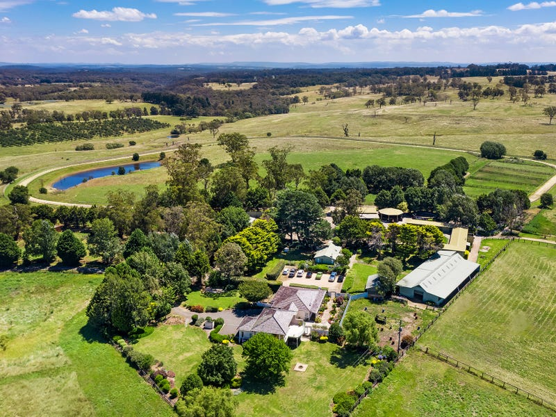 'Danric Lodge' Hume Highway, Sutton Forest, NSW 2577