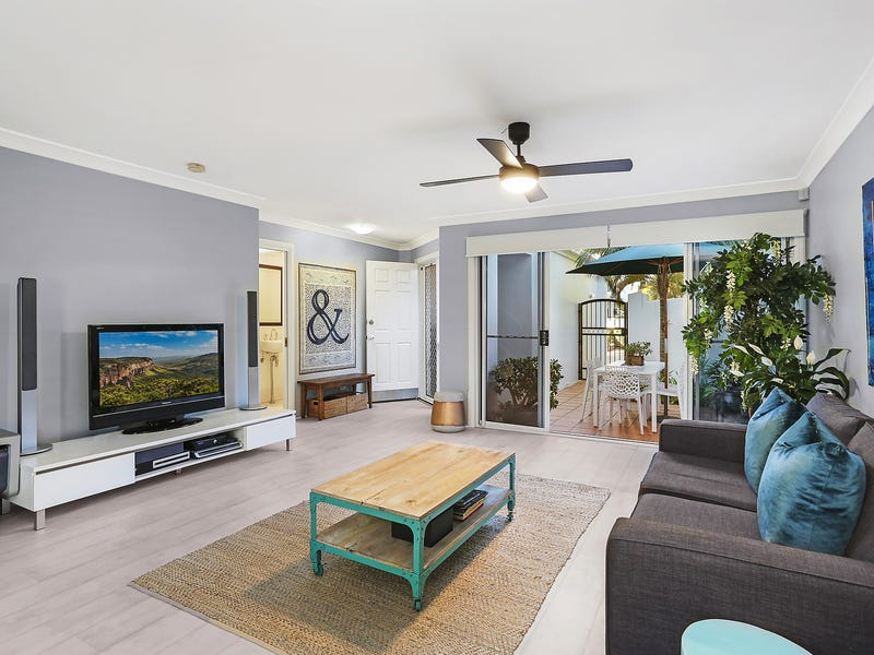 10/100 Cotlew Street East, Southport, Qld 4215