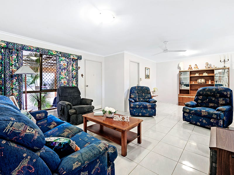 1/3 Hollywood Place, Oxenford, Qld 4210