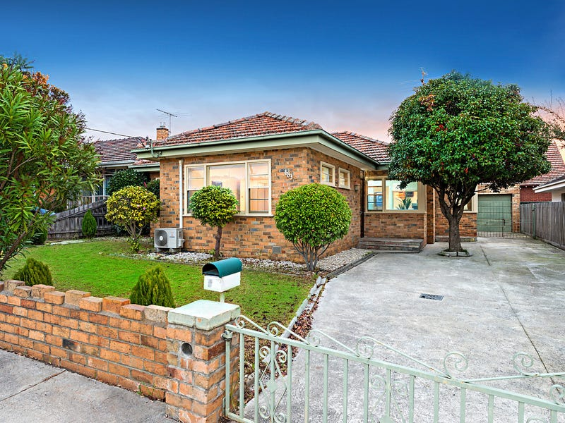 483 Gilbert Road, Preston