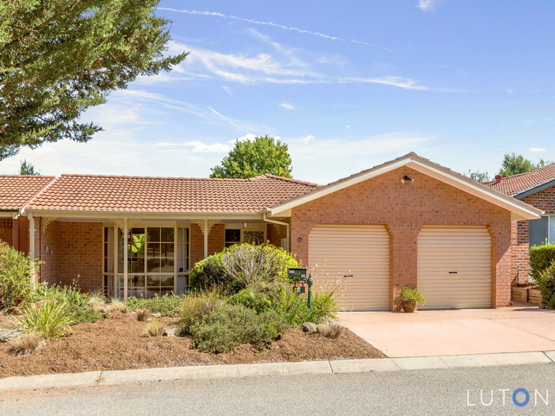 8 Whinham Place, Isaacs, ACT 2607