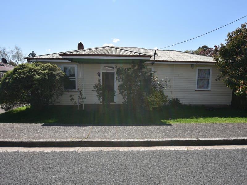 8 Grigg Street, Deloraine, Tas 7304