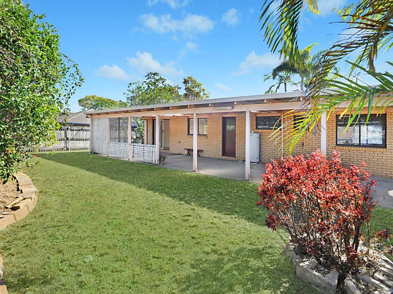 8 Marty st, Wynnum West, Qld 4178