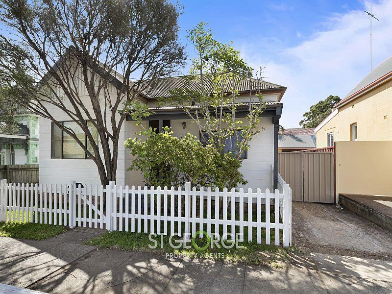113 Hillcrest Avenue, Hurstville Grove, NSW 2220