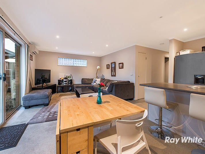 54 Greenaway Terrace, Cranbourne East, Vic 3977
