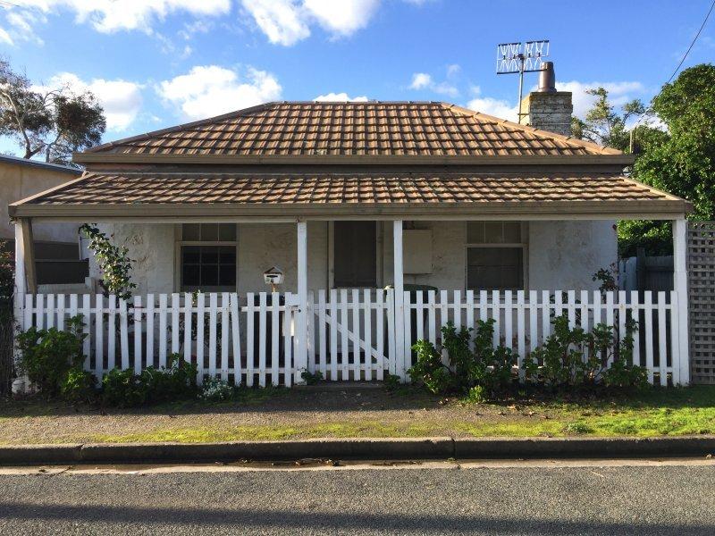 4 Newacott Place, Goolwa, SA 5214