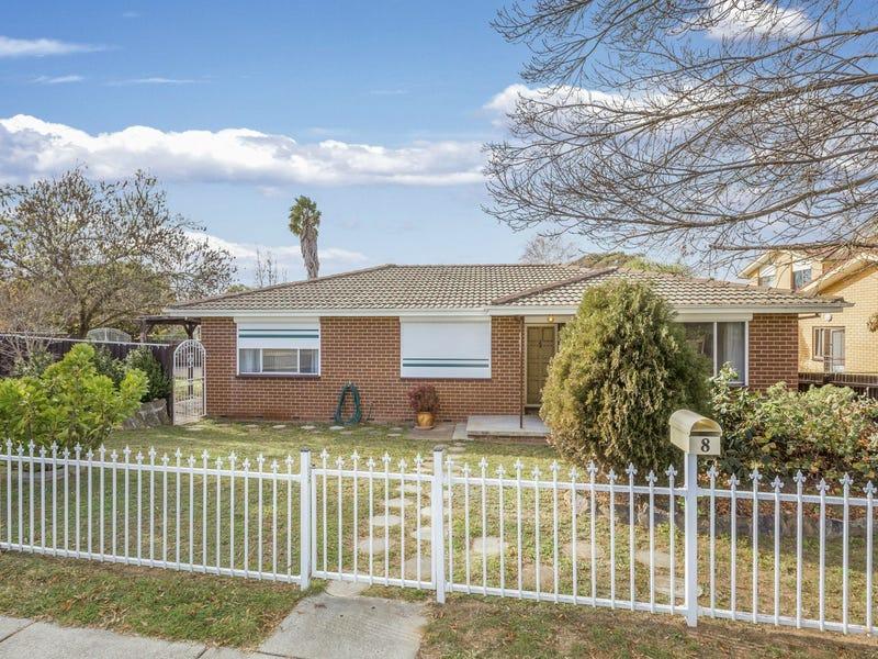 8 Oleria Street, Queanbeyan, NSW 2620