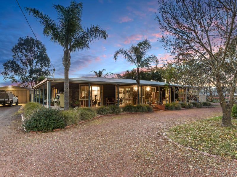 3 Drovers Close, Maiden Gully, Vic 3551