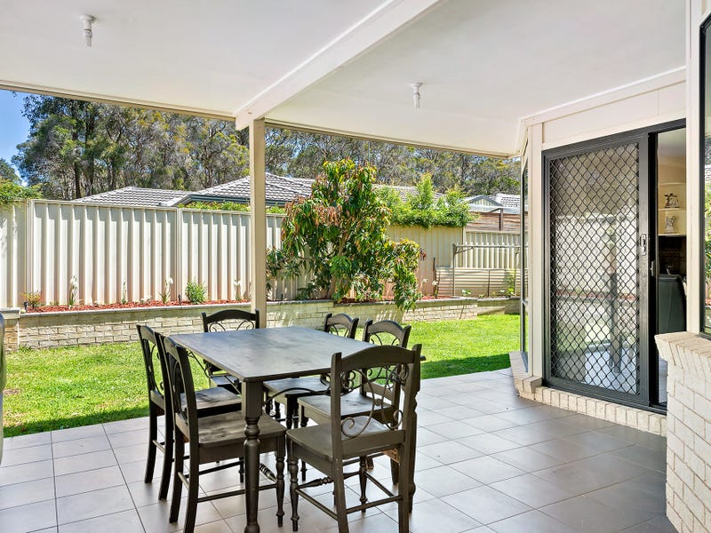 11 Harwell Place, Colyton, NSW 2760