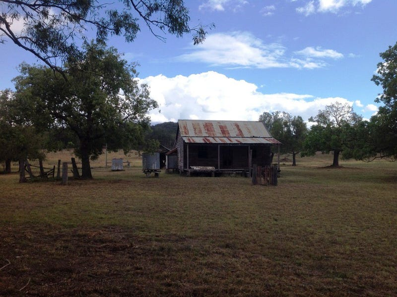L102 Big Hill Road, Pratten, Qld 4370