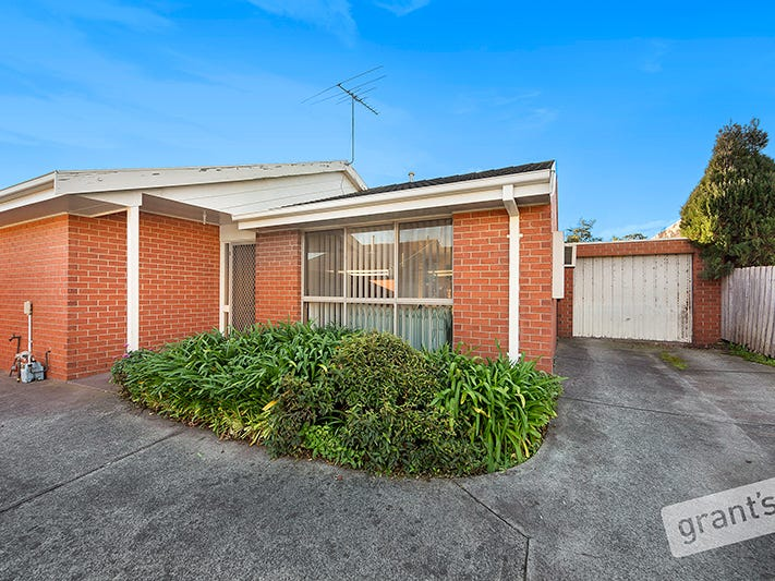 2/8 Bramwell Close, Endeavour Hills, Vic 3802