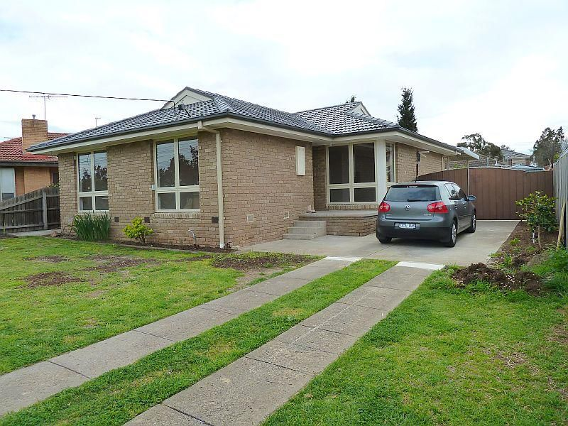 4 Southgate Way, Avondale Heights, Vic 3034