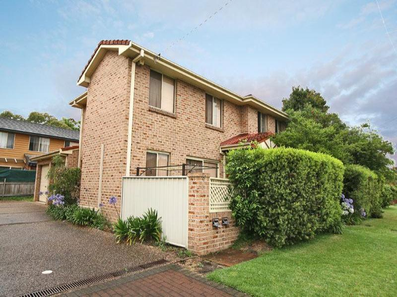 gwynneville singles Positioned for strategic investment within footsteps of the uni, botanic garden and cbd bus links, this sweet single-level home provides a perfectly rounded wollongong lifestyle.