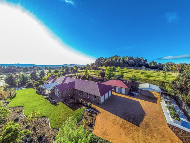 1696 Bungendore Road, Bywong, NSW 2621