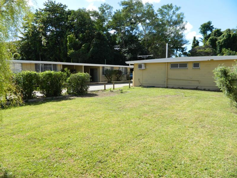 182 and 184 McManus Street, Whitfield, Qld 4870
