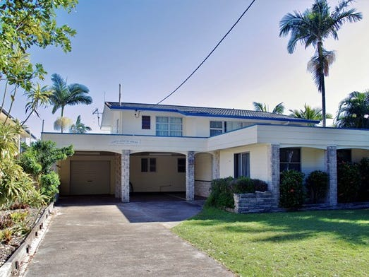 17 The Esplanade, Tin Can Bay, Qld 4580