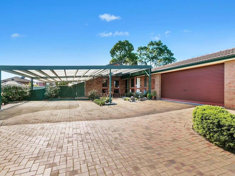 4 David Close, Bayswater North, Vic 3153