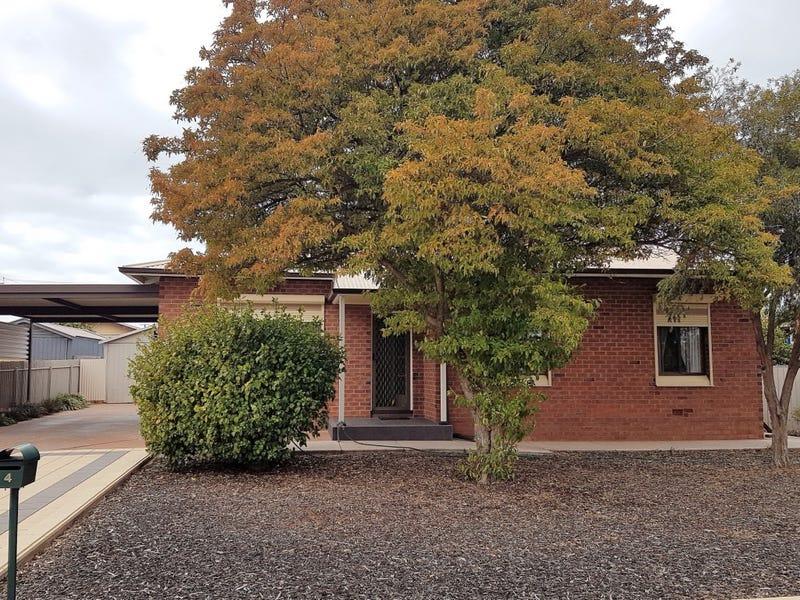 4 MCINTOSH STREET, Whyalla Playford, SA 5600