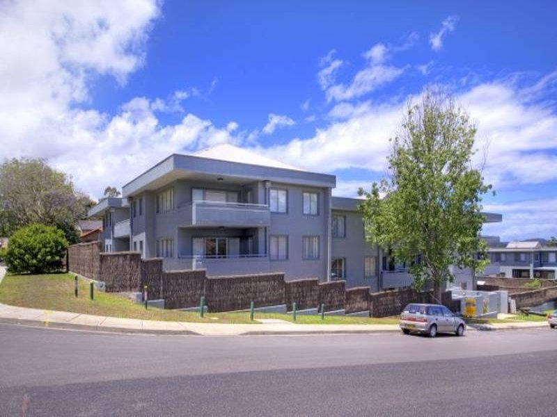 10/13-15 Moore Street, West Gosford, NSW 2250
