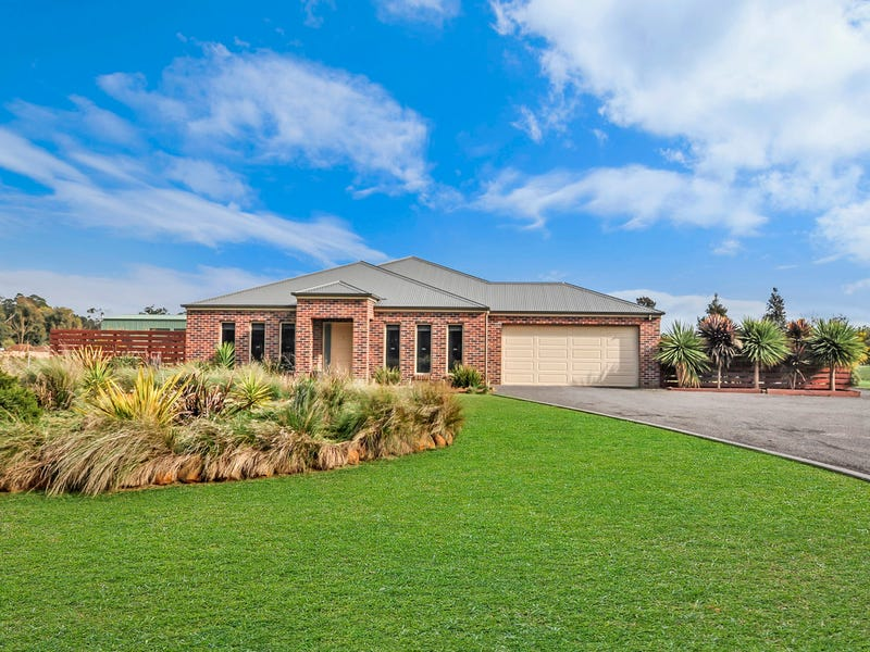 716 Tarrington/Strathkellar Road, Tarrington, Vic 3301