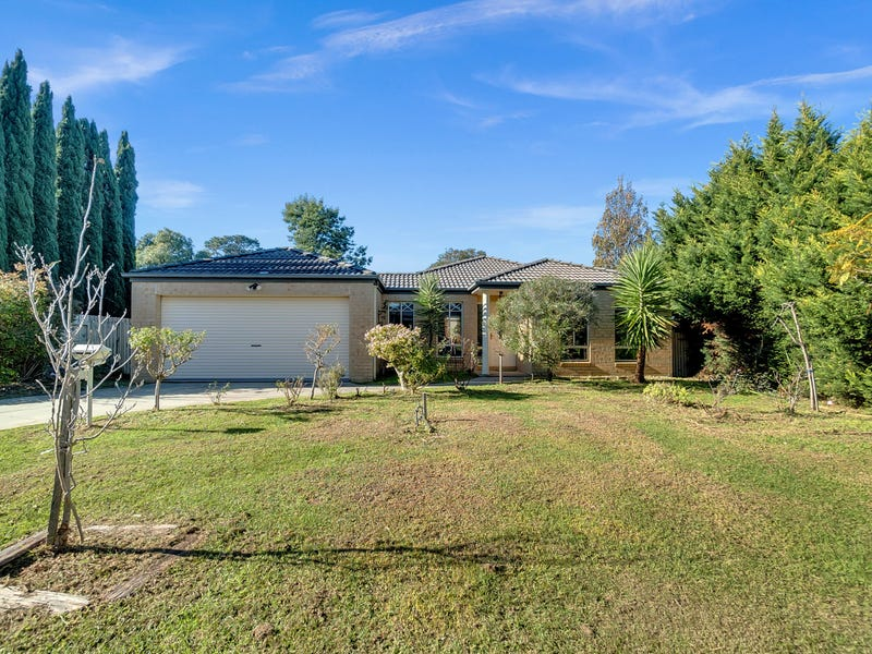 13 MCILWRAITH COURT, Berwick, Vic 3806 - House for Sale